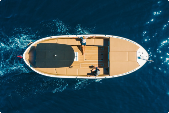 Boat charter with boatim